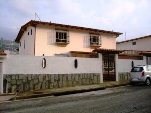 Casa En Venta En Caracas, Santa Paula, Venezuela, VE RAH: 16-6697