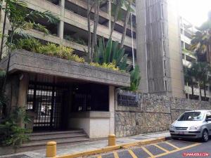 Apartamento En Venta En Caracas, Las Esmeraldas, Venezuela, VE RAH: 16-6450