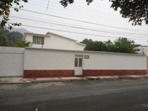 Casa En Venta En Maracay, Barrio Sucre, Venezuela, VE RAH: 16-6478