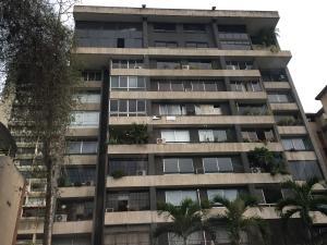 Apartamento En Venta En Caracas, Santa Fe Norte, Venezuela, VE RAH: 15-13758