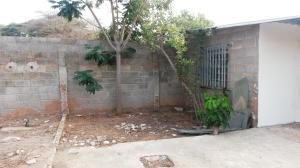 Terreno En Venta En Maracaibo, Avenida Milagro Norte, Venezuela, VE RAH: 16-6506