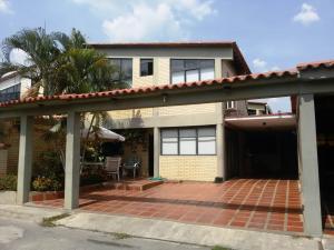 Casa En Venta En Guatire, El Castillejo, Venezuela, VE RAH: 16-6713