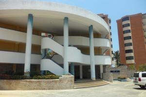 Apartamento En Venta En Higuerote, Puerto Encantado, Venezuela, VE RAH: 16-6580
