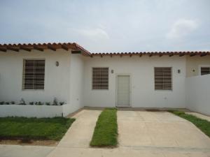 Casa En Venta En Carora, Municipio Torres, Venezuela, VE RAH: 16-6594
