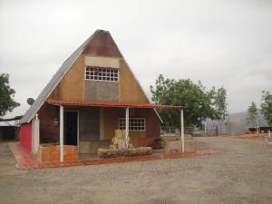 Casa En Venta En Barquisimeto, Parroquia Tamaca, Venezuela, VE RAH: 16-6613