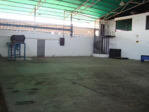 Galpon - Deposito En Venta En Ciudad Ojeda, Intercomunal, Venezuela, VE RAH: 16-6663