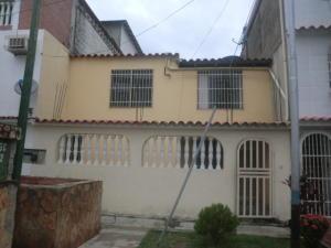 Casa En Venta En Guatire, El Ingenio, Venezuela, VE RAH: 16-7043