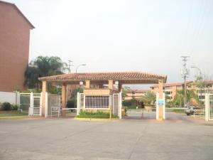 Apartamento En Venta En Guarenas, Terraza I Buenaventura, Venezuela, VE RAH: 16-6691