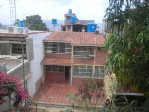 Casa En Venta En Guatire, La Rosa, Venezuela, VE RAH: 16-7044