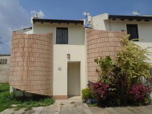 Townhouse En Venta En Municipio Naguanagua, El Guayabal, Venezuela, VE RAH: 16-6719
