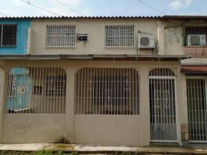Casa En Venta En Valencia, San Blas, Venezuela, VE RAH: 16-6721