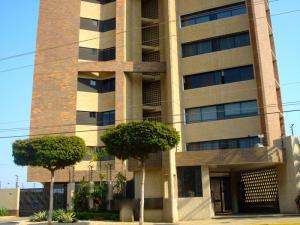 Apartamento En Venta En Maracaibo, Dr Portillo, Venezuela, VE RAH: 16-6749