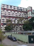 Apartamento En Venta En Caracas, Parroquia 23 De Enero, Venezuela, VE RAH: 16-6755