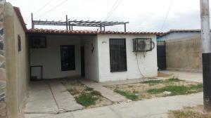Casa En Venta En San Joaquin, Guayabal, Venezuela, VE RAH: 16-6773