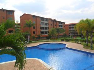 Apartamento En Venta En Guatire, Sector San Pedro, Venezuela, VE RAH: 16-6812