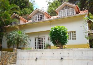 Casa En Venta En Municipio Los Salias, Las Salias, Venezuela, VE RAH: 16-6787