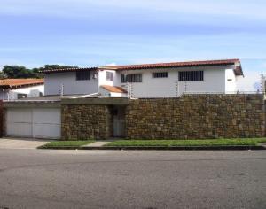 Casa En Venta En Caracas, El Marques, Venezuela, VE RAH: 16-6852