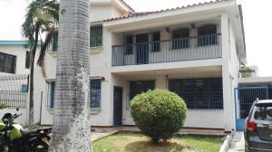 Casa En Venta En Valencia, Camoruco, Venezuela, VE RAH: 16-7125