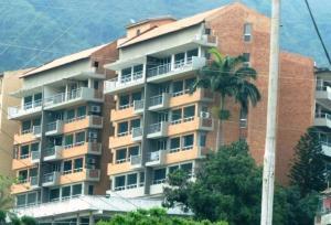 Apartamento En Venta En Municipio Naguanagua, Maã±Ongo, Venezuela, VE RAH: 16-6890