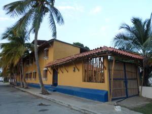 Casa En Ventaen Chichiriviche, Playa Sur, Venezuela, VE RAH: 16-6900