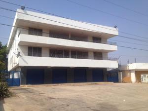 Local Comercial En Alquiler En Maracaibo, Circunvalacion Dos, Venezuela, VE RAH: 16-6942