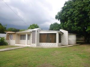 Casa En Venta En Maracay, El Limon, Venezuela, VE RAH: 16-6976