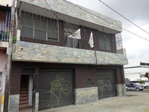 Local Comercial En Alquiler En Barquisimeto, Avenida Libertador, Venezuela, VE RAH: 16-7004