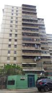 Apartamento En Venta En Caracas, El Valle, Venezuela, VE RAH: 16-7059