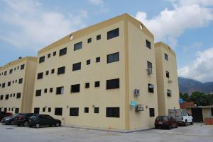 Apartamento En Venta En Municipio Naguanagua, Barbula, Venezuela, VE RAH: 16-7058