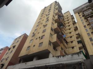Apartamento En Venta En Caracas, Parroquia Santa Rosalia, Venezuela, VE RAH: 16-7077