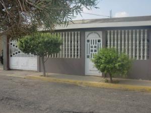 Casa En Venta En Maracaibo, Las Lomas, Venezuela, VE RAH: 16-7134