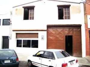 Galpon - Deposito En Venta En Valencia, San Blas, Venezuela, VE RAH: 16-7147