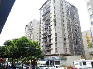 Apartamento En Venta En Caracas, Chacao, Venezuela, VE RAH: 16-7180