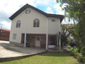 Casa En Venta En Caracas, Oripoto, Venezuela, VE RAH: 16-7151