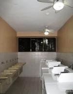 Apartamento En Venta En Caracas - La Florida Código FLEX: 16-7184 No.11