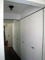 Apartamento En Venta En Caracas - La Florida Código FLEX: 16-7184 No.6