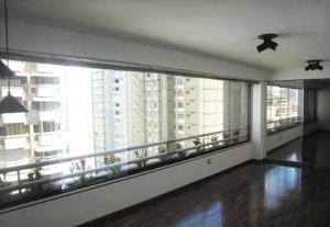 Apartamento En Venta En Caracas - La Florida Código FLEX: 16-7184 No.1