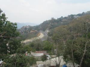 Casa En Venta En Caracas, Hoyo De La Puerta, Venezuela, VE RAH: 16-7158