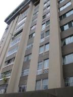 Apartamento En Venta En Caracas, El Marques, Venezuela, VE RAH: 16-7990