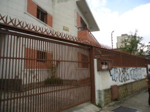 Local Comercial En Alquiler En Caracas, Los Rosales, Venezuela, VE RAH: 16-7594