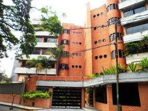 Apartamento En Venta En Caracas - Los Palos Grandes Código FLEX: 16-7272 No.0