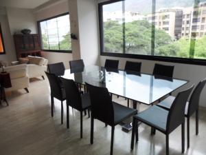 Apartamento En Venta En Caracas - Los Palos Grandes Código FLEX: 16-7272 No.8