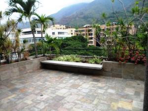Apartamento En Venta En Caracas - Los Palos Grandes Código FLEX: 16-7272 No.12