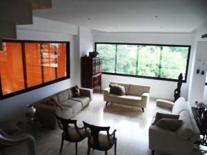 Apartamento En Venta En Caracas - Los Palos Grandes Código FLEX: 16-7272 No.3