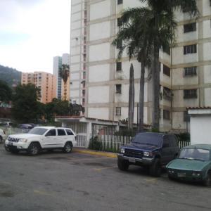 Apartamento En Venta En Caracas, El Valle, Venezuela, VE RAH: 16-7092