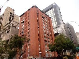 Apartamento En Venta En Caracas, Bello Campo, Venezuela, VE RAH: 16-7296