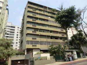 Apartamento En Alquiler En Caracas, Los Palos Grandes, Venezuela, VE RAH: 16-7307