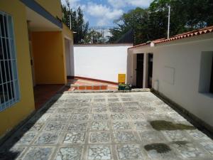 En Venta En Caracas - Montalban I Código FLEX: 16-7354 No.7