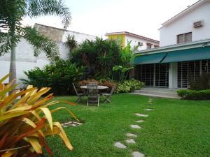 Casa En Venta En Valencia, El Parral, Venezuela, VE RAH: 16-7335