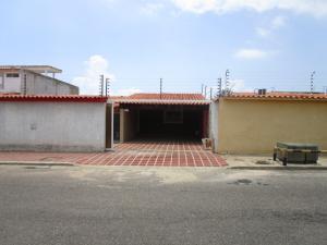 Casa En Venta En Maracaibo, Doral Norte, Venezuela, VE RAH: 16-7350